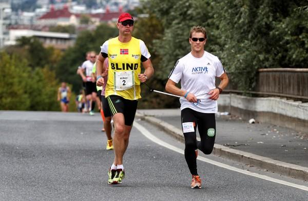 Oslo-Maraton_Haakon-Gisholt_Norsk-mester-halvmaraton