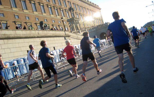 løpere-forbi-slottet-2