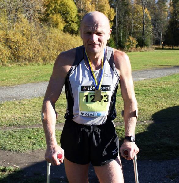 """Vinner av kortløypen ble imponerende nok Oddbjørn Homstvedt. Her etter sterkt løp <a href=""""https://www.sportsmanden.no/archives/7925"""""""
