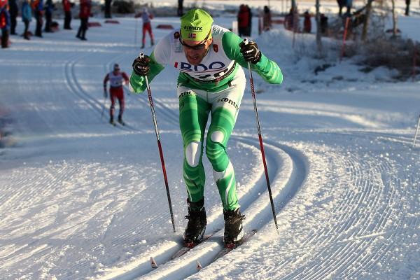 Jørgen Aukland staket seg til tredjeplass og historiebøkene med en vond skulder. Her fra Beitostølen. (Foto; Bjørn Hytjanstorp)