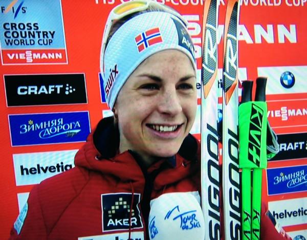 Astrid roste den høylydte støtten som Vibeke Skofterud ga fra flere steder underveis. (Foto: fra tv-sendingen)