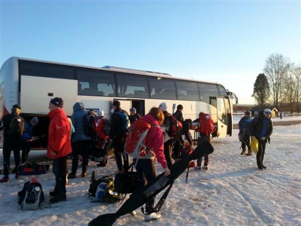 Første bussen på stadion
