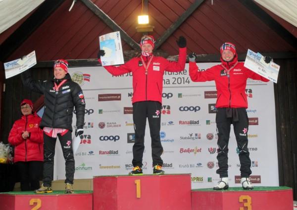 Seiersåpallen M19-20 år 10 km fristil: Johan Hoel øverst, med Eirik Sverdrup Augdal og Gjøran Tefre på sølv- og bronseplass. (Foto: Arnstein Andreassen)