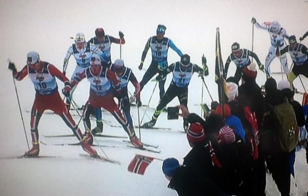 Johan Hoel drar på Eirik Sverdrup Augdal i Junior VM i Val di Fiemme. Det endte med gull til Augdal og bronse til Hoel. Søndag var det ny duell dem i mellom.