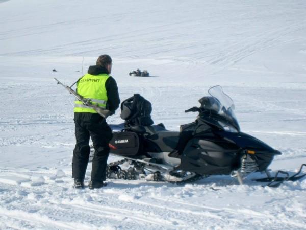 Svalbard-Skimaraton2014-vakt