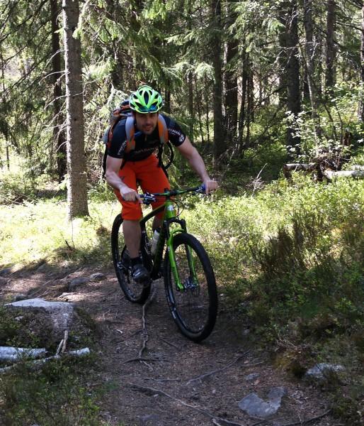 En annen av initiativtakerne, Robert Kay, nøyde seg med å være i støtteapparatet, men som en av grunnleggerne av Team Niner måtte han selvsagt teste sykkelen litt også.