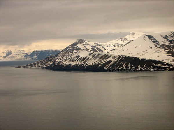 Fantastiske omgivelser på Svalbard. (FOTO: Fra Svalbard Turn sin hjemmeside, Marko H. Tamminen, zumba@iki.fi