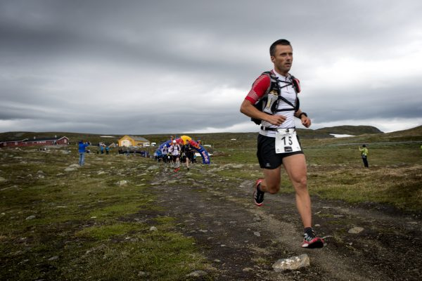Start på Dyranut, Eidfjord. Thomas Andersen fra Team Salomon startet friskt.