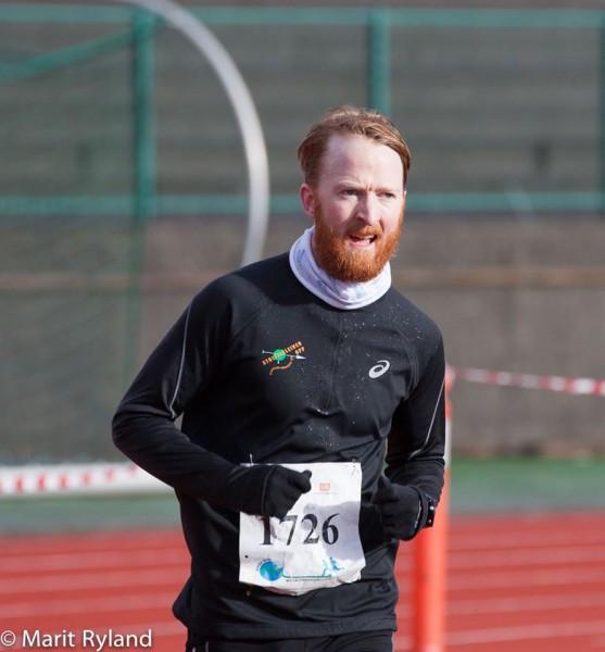 Stein Henrik Oalussen igjen, inn til en ny pallplass i Maratonkarusellen på helmaraton.