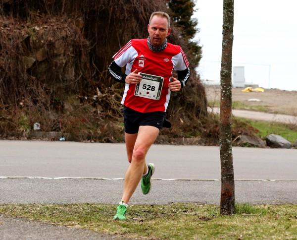 Holmestrand-Maraton-Christopher-Aalholm