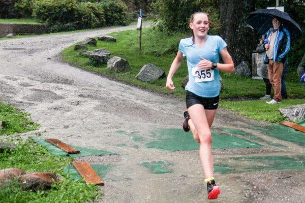 Mina Lilleheier gikk overraskende til topps i Follotrimmens siste løp i Hvitsten. Foto: Trond T. Hansen / Sportsmanden