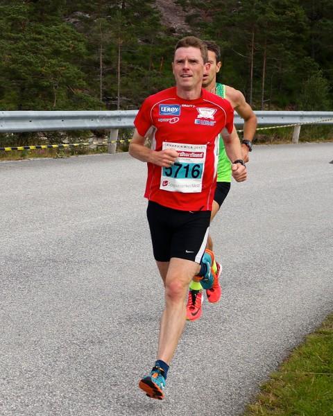 Veteranen Bjarte Vik viste solide takter med 7.plass i KnarvikMila. Foto: Frode Monsen