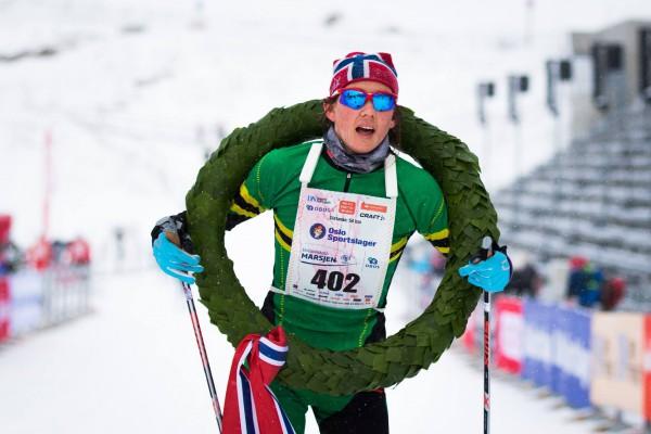 Kristin Antonsen avanserte fra bronse i fjor til seier i årets Holmenkollmarsj. Foto: Arrangøren