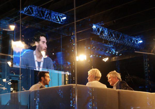Og i NRK sitt VM-studio på Universitetsplassen intervjues de store stjernene.