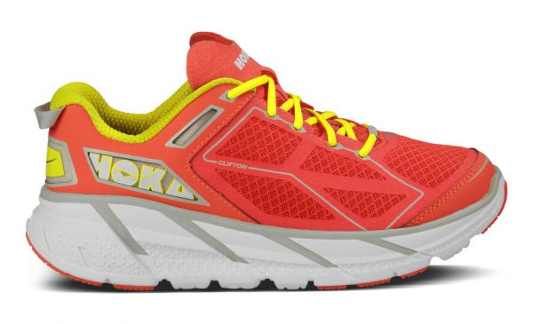 "Mitt første par Hoka Clifton 1 (de er ikke rosa, de er ""coral"")"