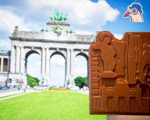 Stadsduif chocolade gegoten in de vorm van de bekendste Brusselse gebouwen