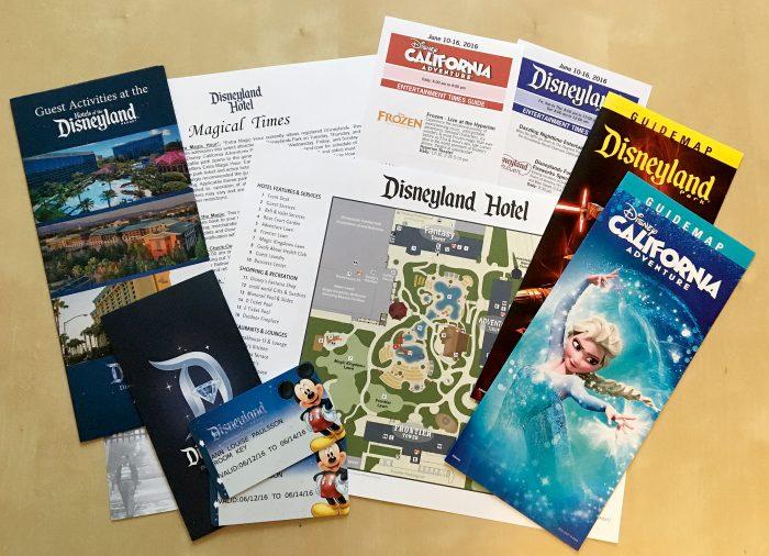 kartor och broschyrer disneyland hotel