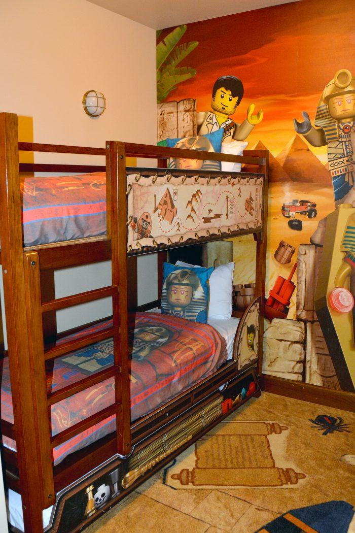 legoland hotel carlsbad barnrum