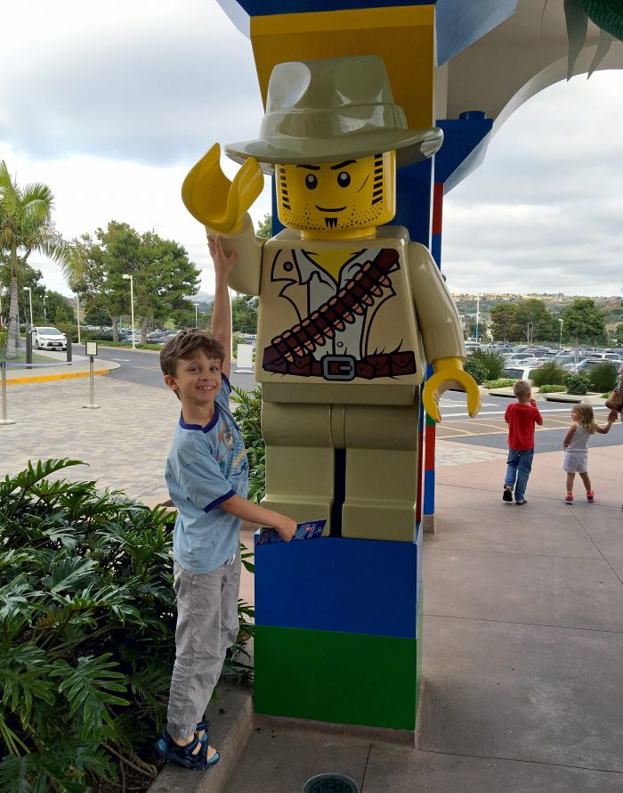 legoland hotel carlsbad william legogubbe ute