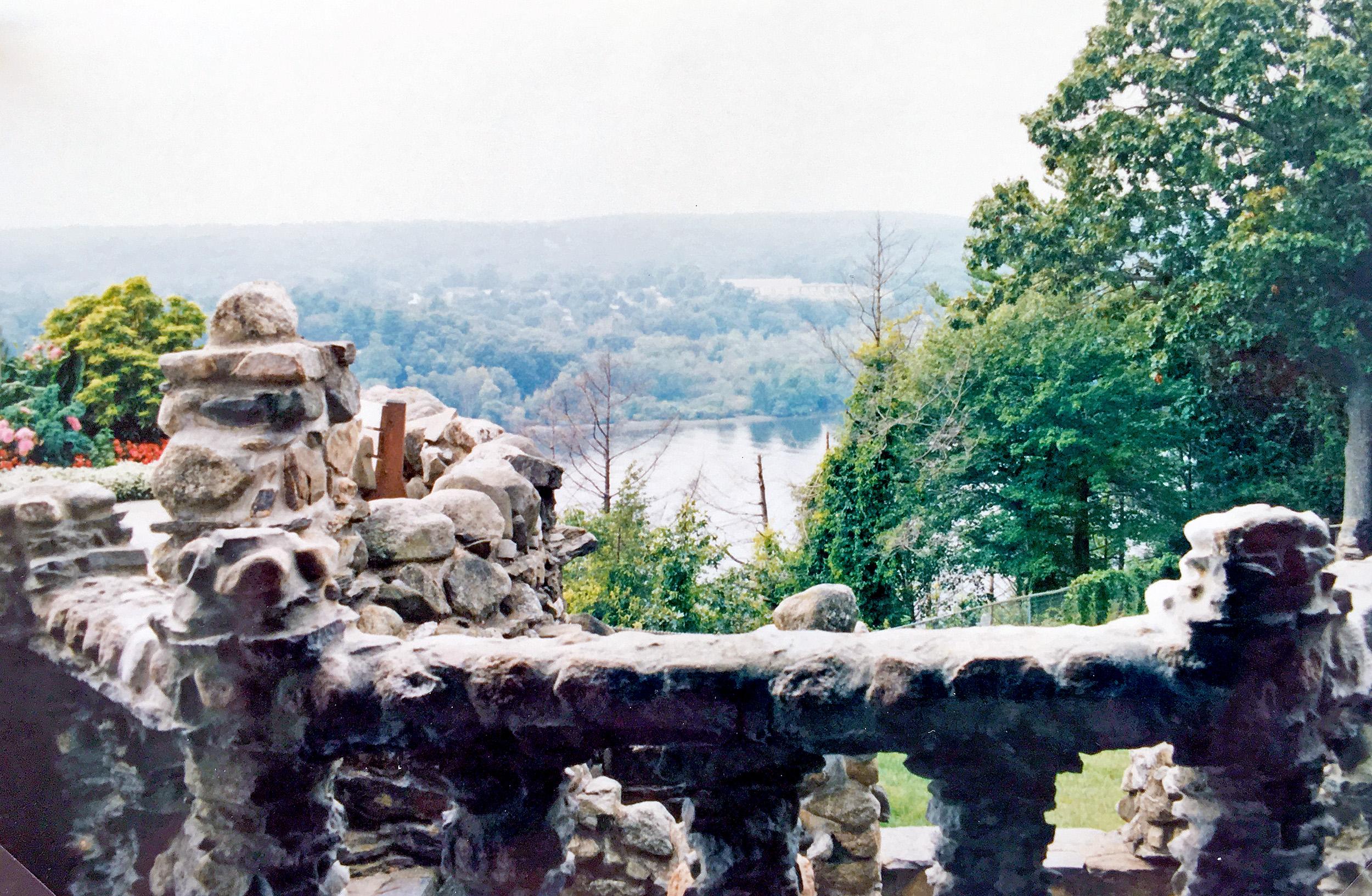 Utsikt över Connecticut River från Gillette Castle.