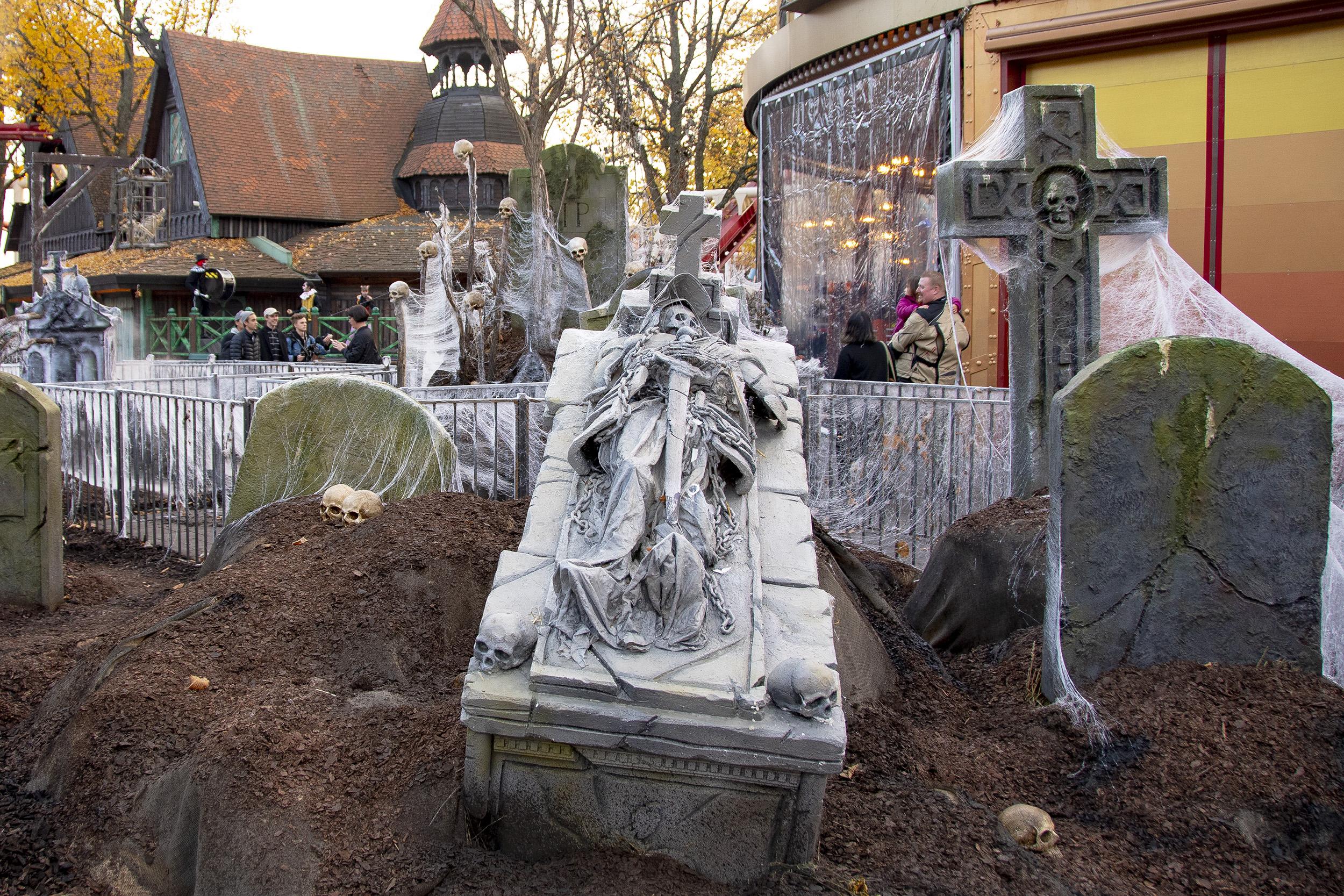 Halloween på Gröna Lund kyrkogården