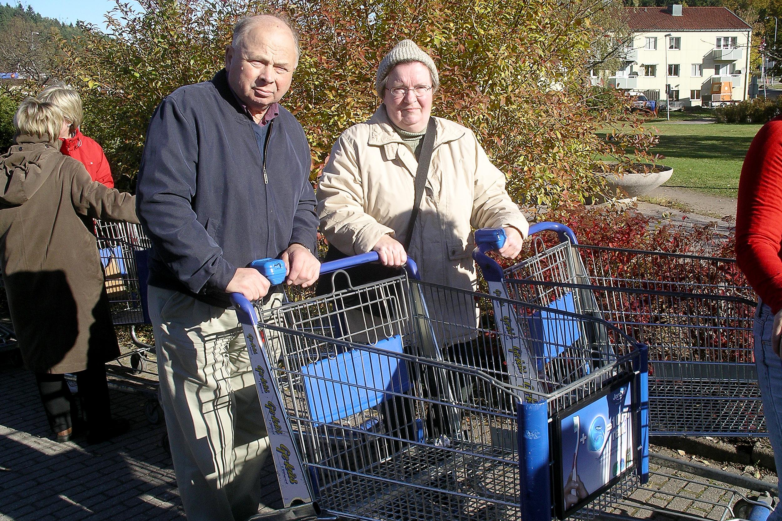 mamma och pappa i ullared 20031013