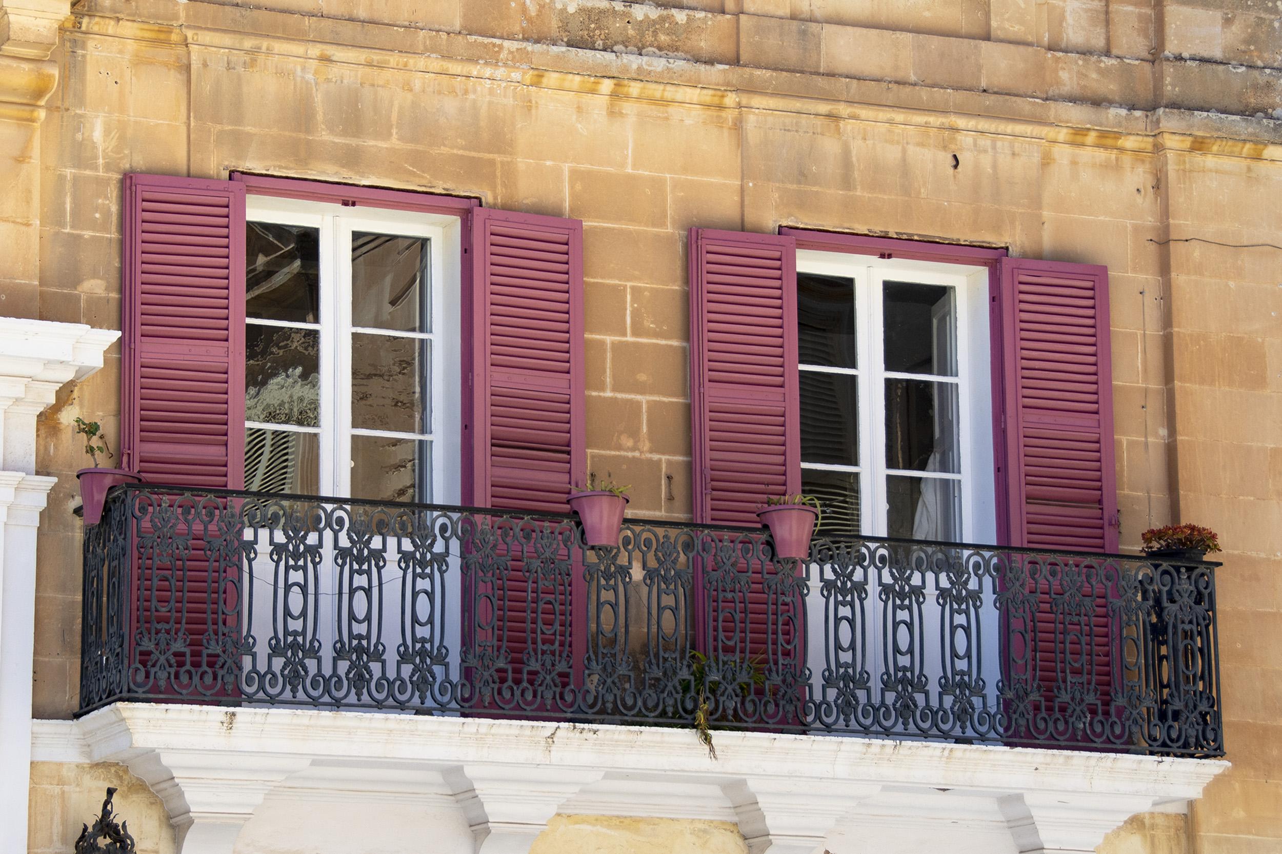 Rosa fönster i Mdina, Malta
