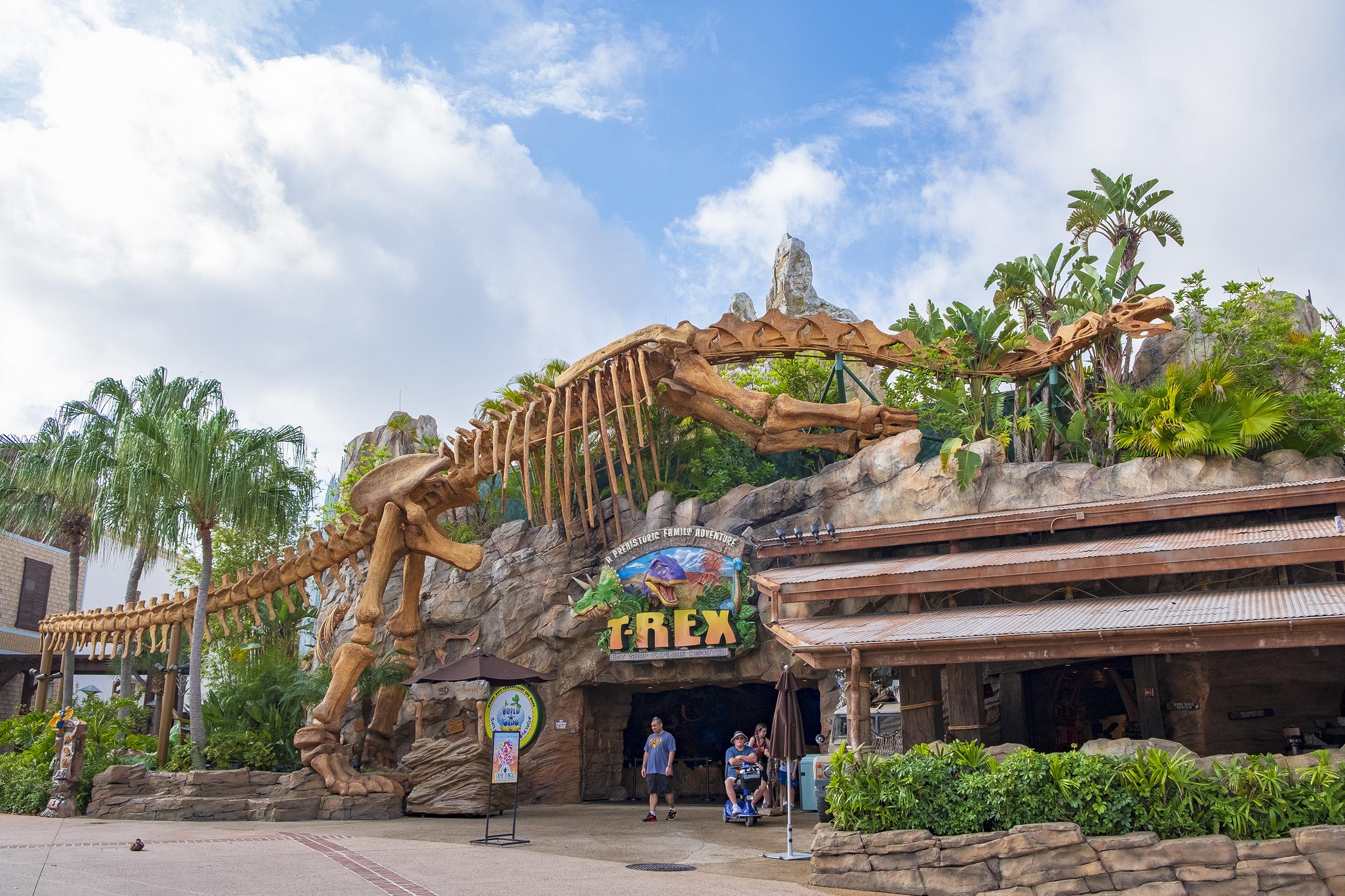 T-rex Disney Springs