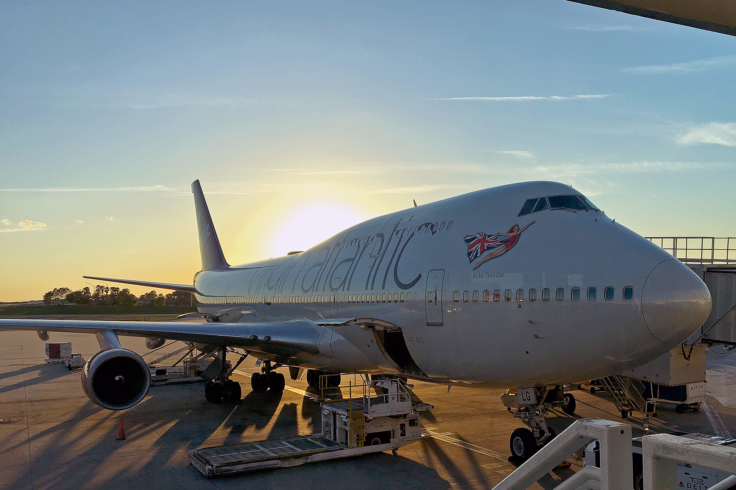 Virgin Atlantic Sunset Sportlovsveckan Flyg