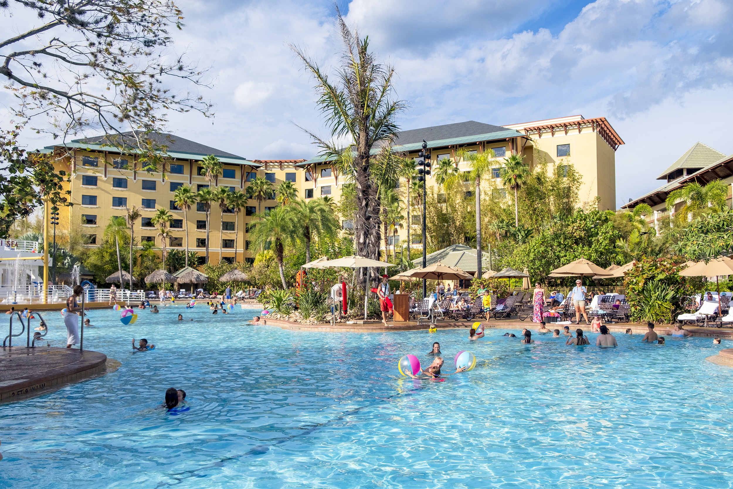 Loews Royal Pacific Resort Universal Orlando Pool
