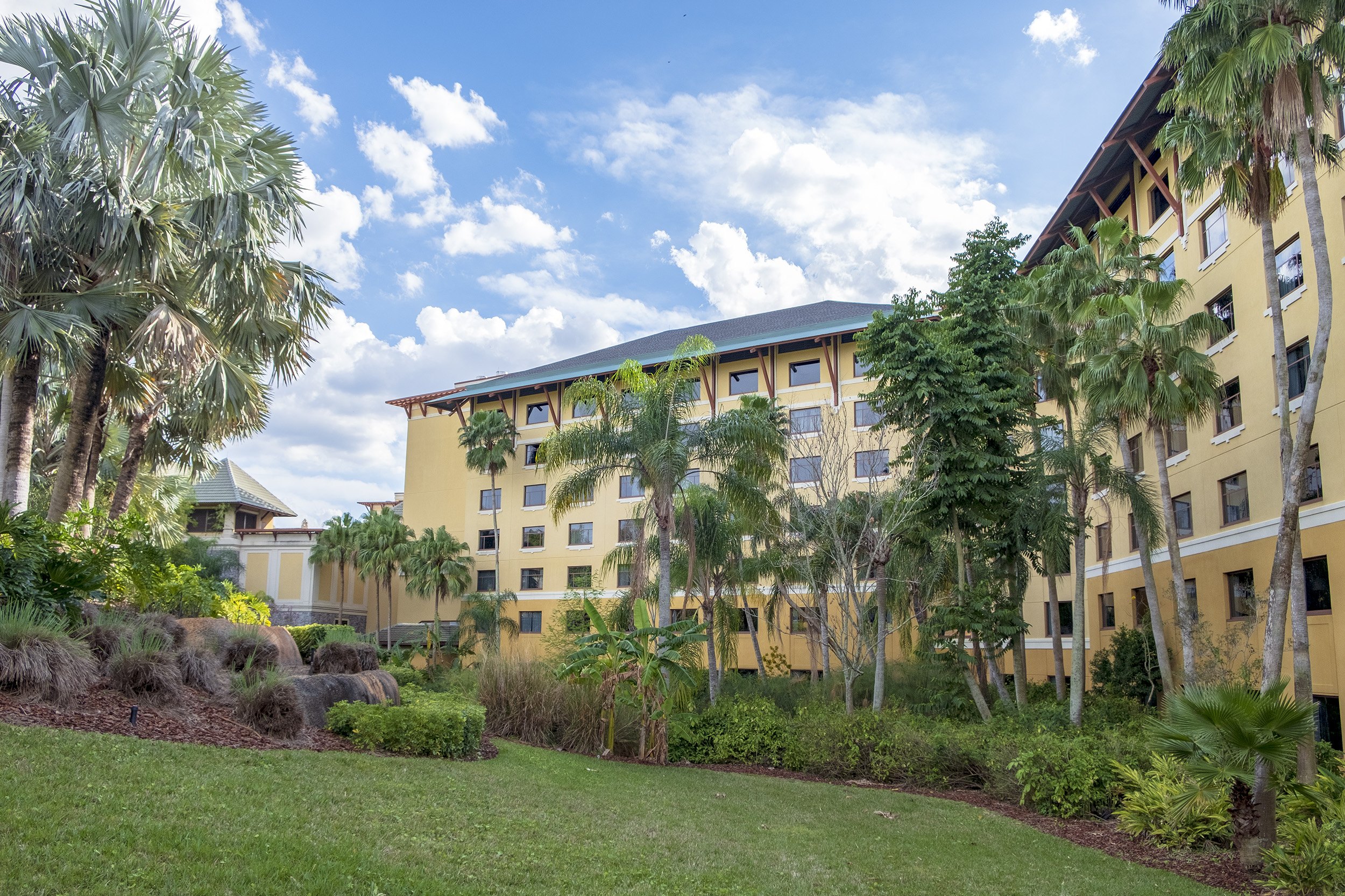 Loews Royal Pacific Resort Universal Orlando