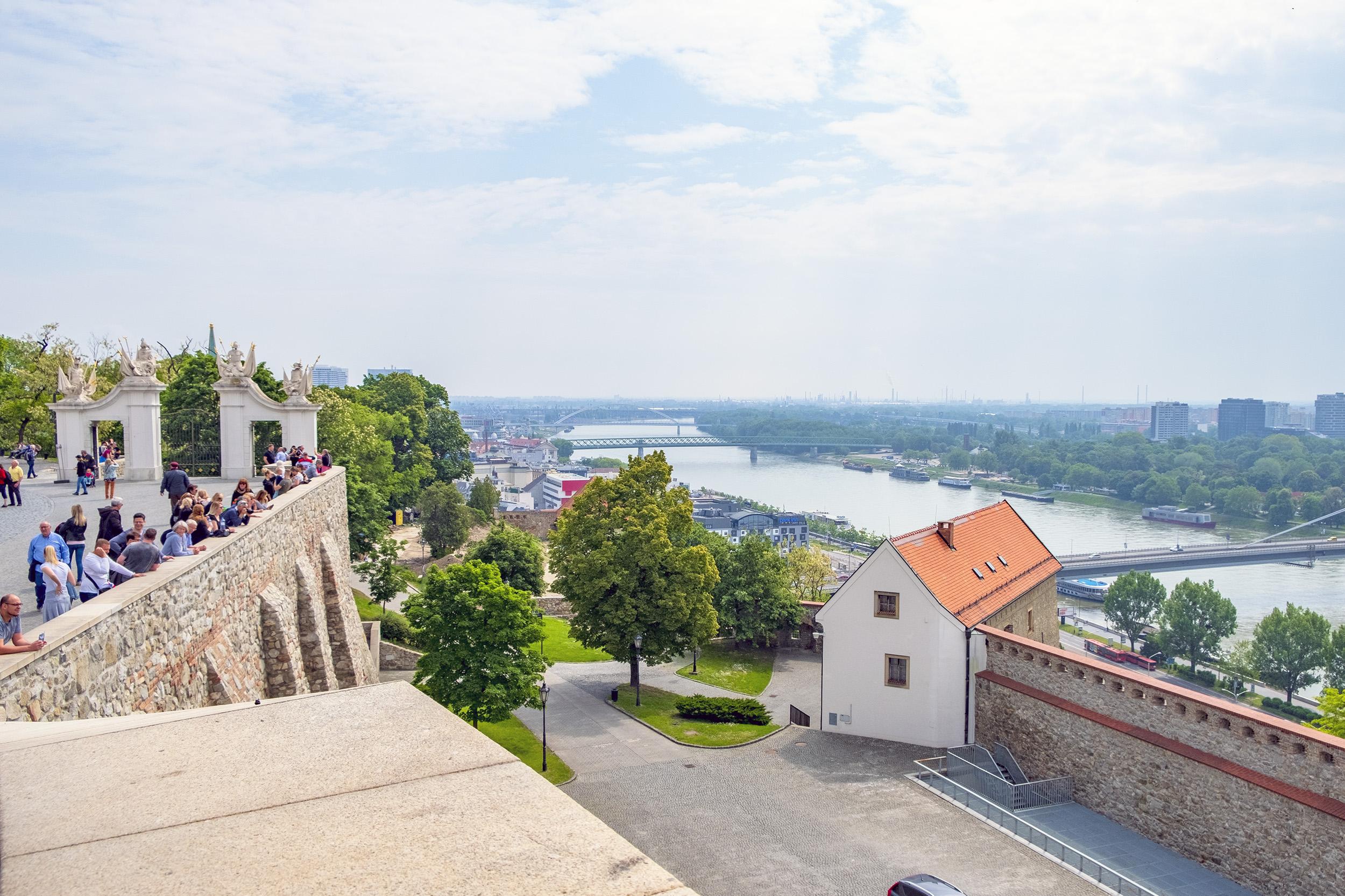 Slottet i Bratislava Donau