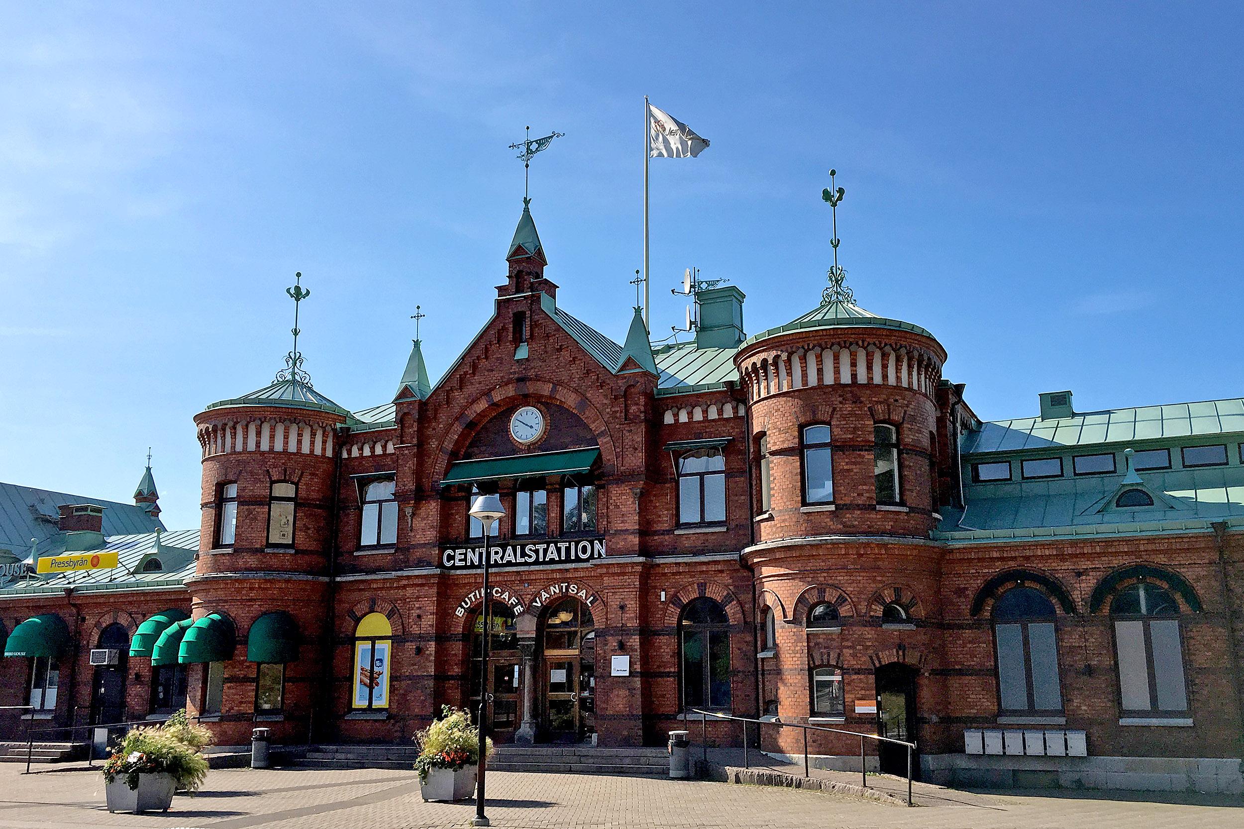 Borås har en riktigt vacker järnvägsstation.