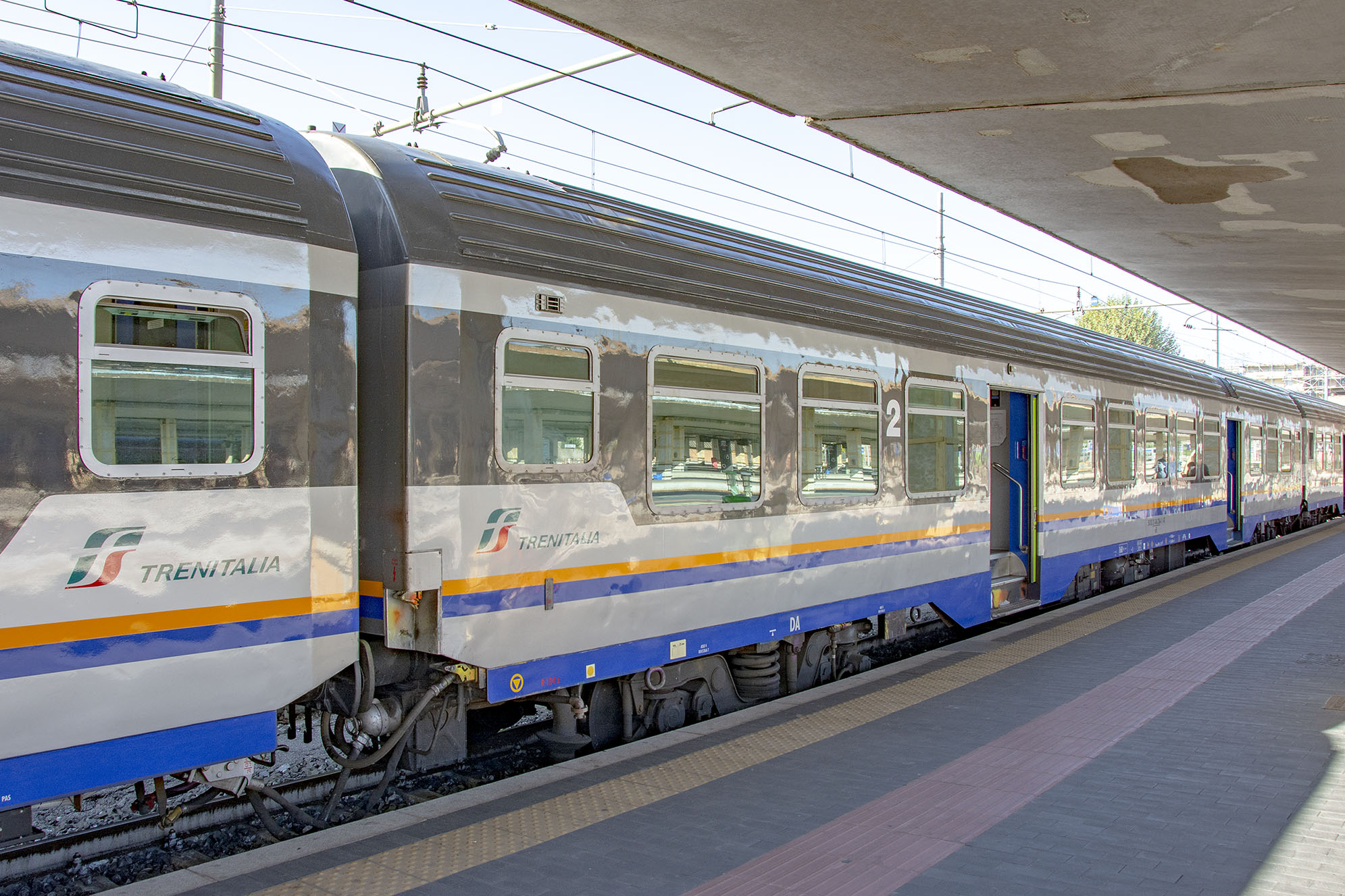 Trenitalia tåg florens pisa