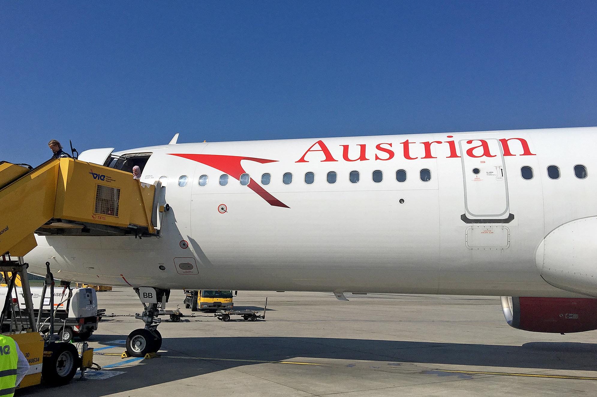 Austrian Airlines flygplan