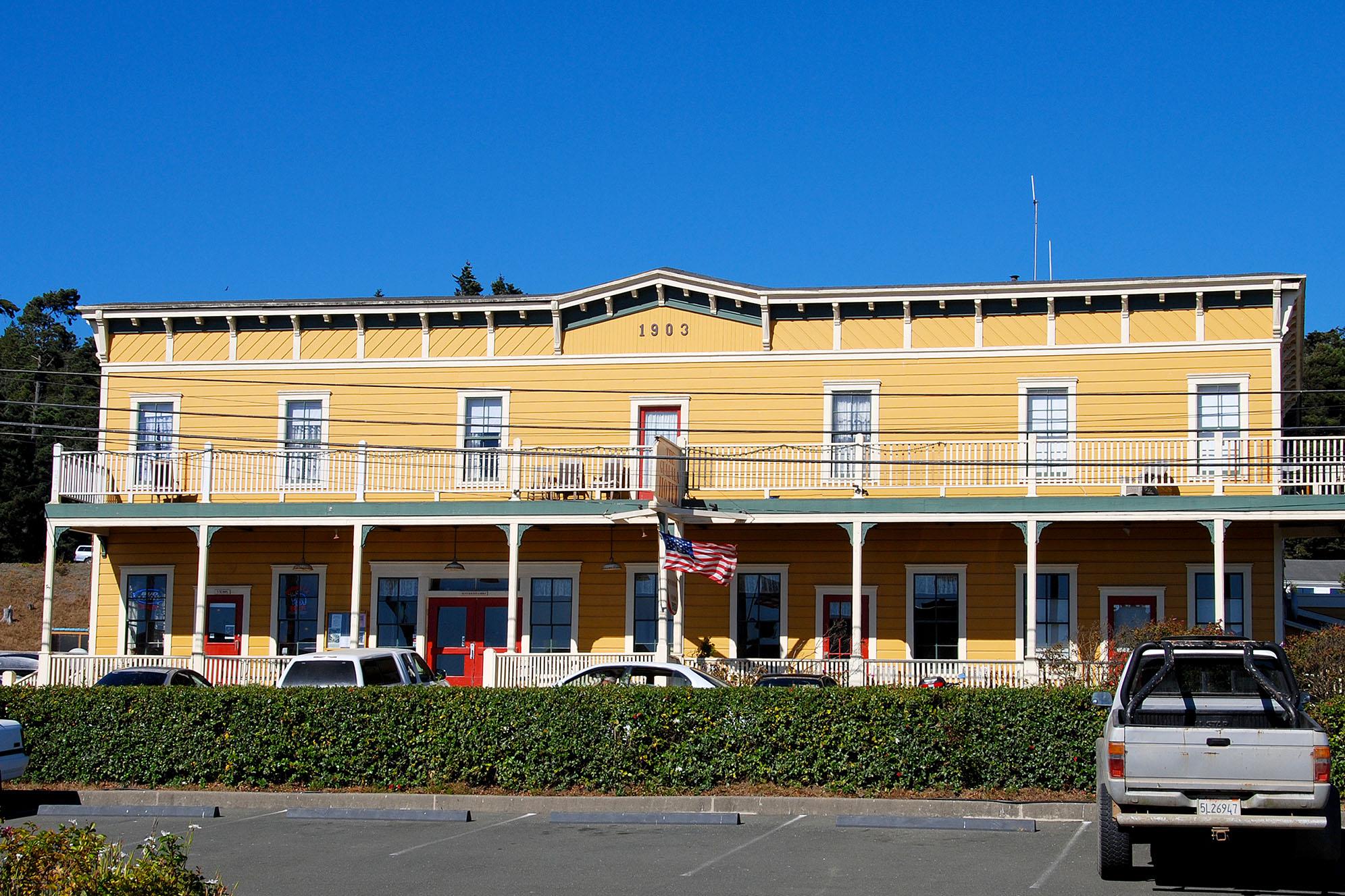Gualala hotel