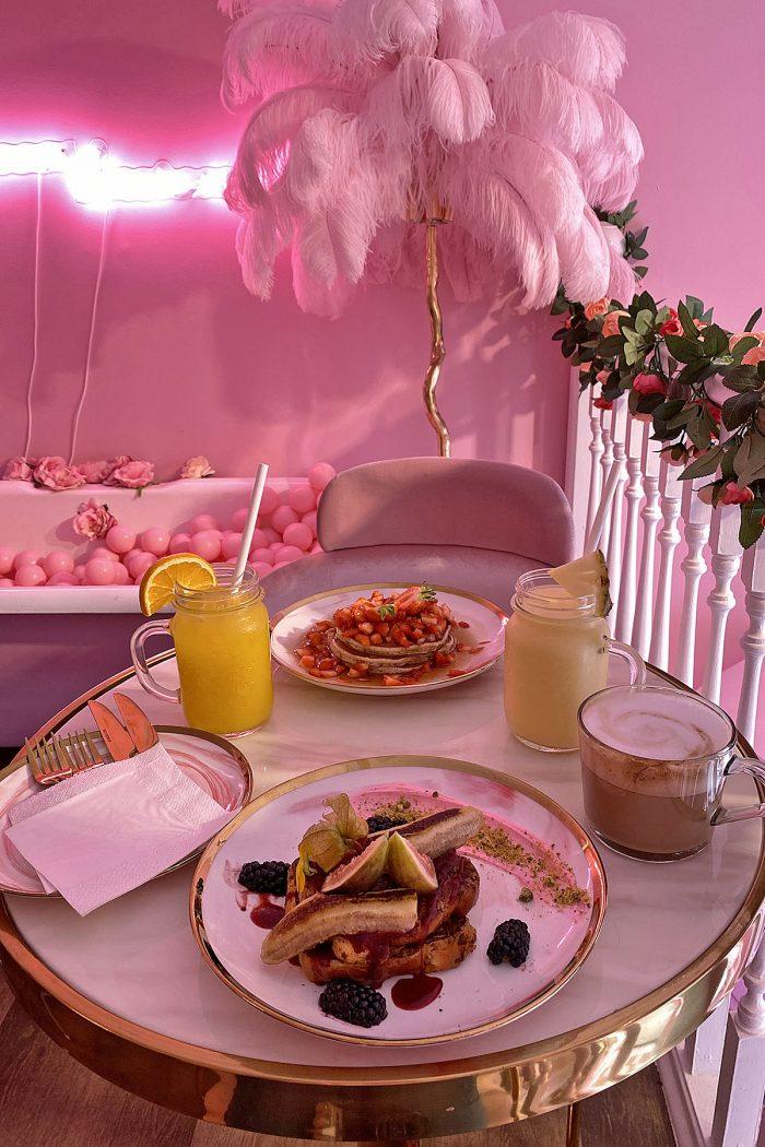 Rosa frukost