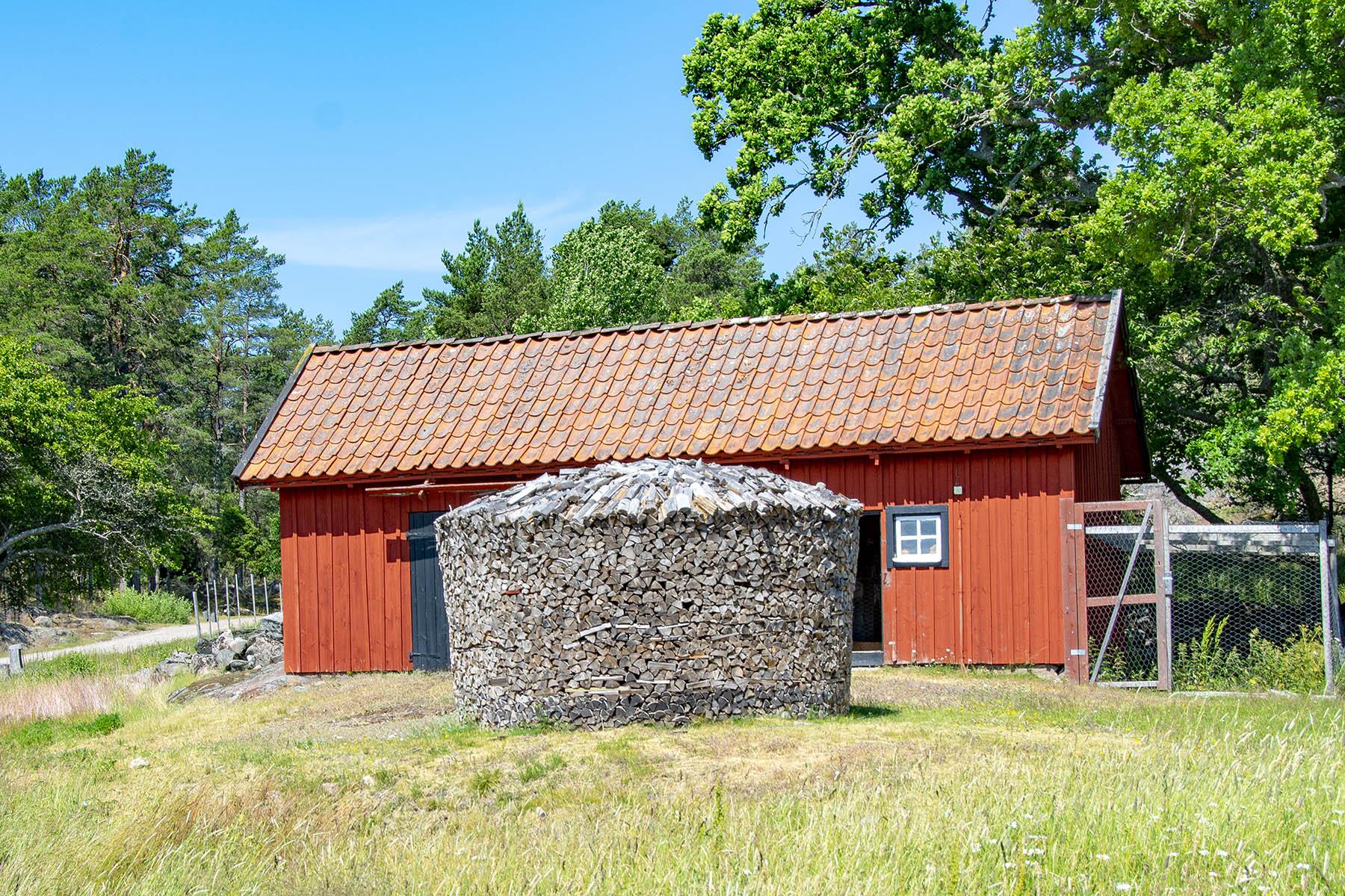 Stendörren Aspnäset Vedhög