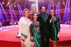 Martin Lacey Jr. (2. von re.), Jana Lacey-Krone ( re.), Premiere 1. Winterprogramm Circus Krone in München  2019