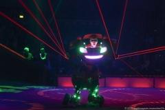 Clown  Bilby, Roboter-Auto, Premiere 1. Winterprogramm Circus Krone in München  2019