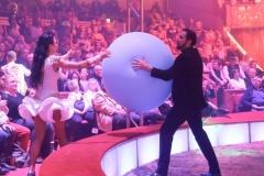 Martin Lacey Jr. (re.), Premiere 1. Winterprogramm Circus Krone in München  2019