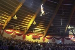 Truppe Mustafa Danguir, Hochseiltruppe, Premiere 1. Winterprogramm Circus Krone in München  2019