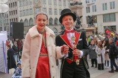 Kinderprinzenpaar Marlon I. und Sophie I.,Inthronisation der Narrhalla Prinzenpaare am Marienplatz in München 2020