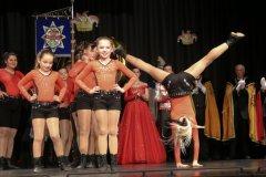 Showprogramm der Kindergarde bei der Inthronisation der Würmesia Prinzenpaare in der Mehrzweckhalle in Neuried 2020