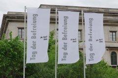Hochschule für Musik und Theater, ehemaliger Führerbau, Beflaggung zum Tag der Befreiung von München vor 75 Jahren  2020