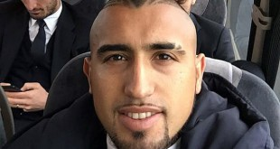 Aturo Vidal Selfi