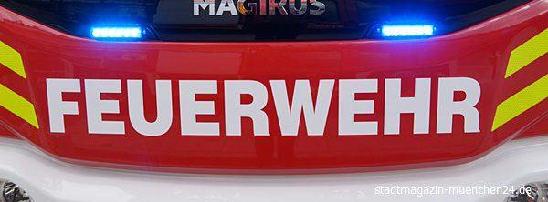 Symbolbild Feuerwehr HLF Front