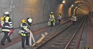 Brand U-Tunnel U6 bei Holzapfelkreuth Quelle Foto Berufsfeuerwehr München