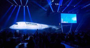 Airbus A350-900 am Flughafen München vorgestellt Foto © Oliver Rösler