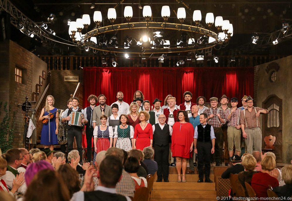 Ensemble Brettl-Spitzen V Hofbräuhaus München